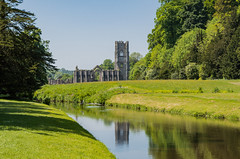 Fountains Abbey (explored) (AngelCrutch) Tags: water river fountainsabbey history britishhistory britain uk england religiousbuilding abbey reflection northyorkshire