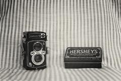 Yashica-12 by Yashica TL-E (cacoshs) Tags: camera old bw slr 120 tlr analog 35mm vintage reflex analgica fuji superia pb ishootfilm iso hersheys 400 fujifilm medium format filmcamera 35 yashica peb bnw tle filmisnotdead yashica12 yashicatle