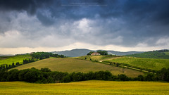 Tuscan landscape (Luis Sousa Lobo) Tags: italy canon landscape paisagem tuscany toscana img4842 itlia 2470 70d