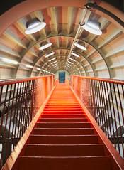 Hal9000 (Ren-s) Tags: stairs escaliers tubes tuyau ship vaisseau red rouge pipes lights lumires pointdefuite vanishing point door porte bruxelles belgique belgium brussels