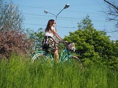 Healthy life with bicycle - #m43turkiye . com (Ciddi Biri) Tags: girl bicycle freedom spring transport vehicle rower bahar hotweather ecologic bisiklet zgrlk savenature healthylife 40150r omdem10 m43turkiye dogaylauyum ekolojikseyahat