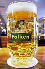 ein Falken - Schaffhausen (peter.velthoen) Tags: food beer restaurant pub beverage bier birra pivo schaffhausench traditionsbier bahnhofbar einemschluckheimat falkenbrau