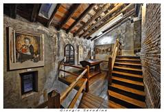 castello conegliano (Giorgio Serodine) Tags: scale canon italia tetto luci pietra castello grandangolo interni citta travi quadri finestre veneto conegliano