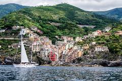 Riomaggiore (Tumma_non_Ph) Tags: sea sailing cinqueterre portovenere manarola riomaggiore msc corniglia laspezia 5terre coniglia crociere