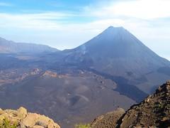 Fogo - C.L. (christine caboverde) Tags: trekking volcano caldera pico fogo wandern caboverde vulkan capeverde volcn caldeira kapverde mondlandschaft capvert kapverden stratovulkan wanderparadies