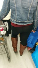 candid girls (youeh267) Tags: hot store nice women candid butt booty culo seethrough transparent vpl leggings pawg