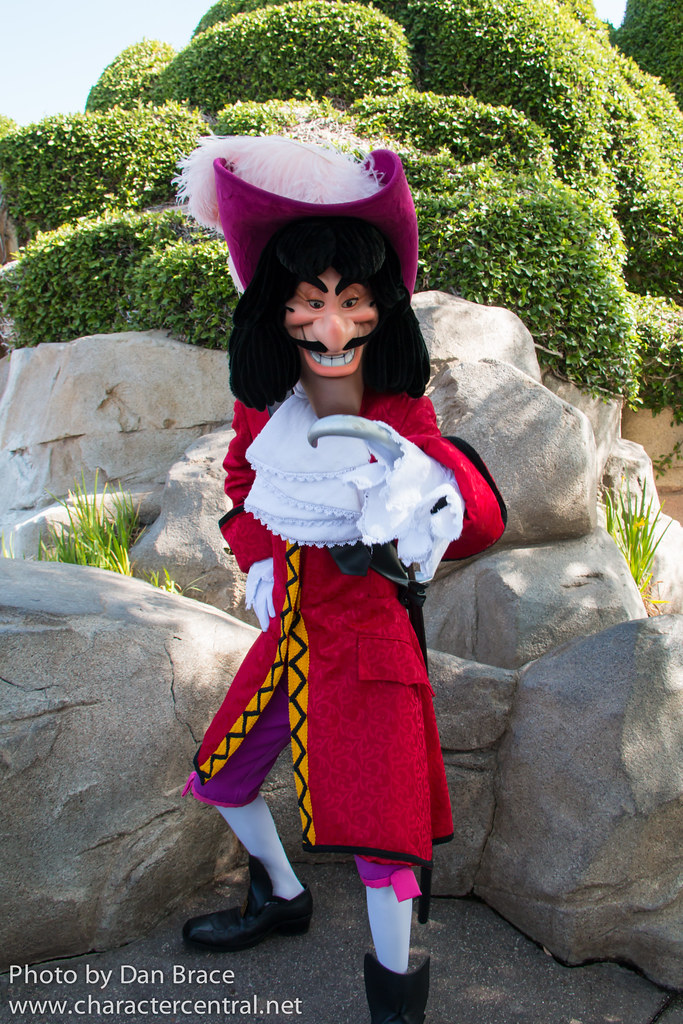 Captain Hook At Disney Character Central