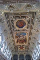Lyon - Palais de la Bourse (larsen & co) Tags: france lumix lyon rhne panasonic rhnealpes palaisdelabourse palaisducommerce lyonpresqule fz1000 panasoniclumixdmcfz1000 quaisdupolar2015
