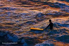 hombre que respira 8 (Riveros Grospelier) Tags: sunset waves surfer olas ocaso antofagasta