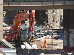 Ongoing demolition of Birmingham Central Library - DSM excavator (ell brown) Tags: greatbritain england garden concrete birmingham paradise unitedkingdom balcony demolition constructionsite buildingsite westmidlands dsm birminghamuk centrallibrary mecanoo redevelopment centenarysquare brutalistarchitecture mecanooarchitecten demolitioninprogress johnmadin birminghamcentrallibrary ovearuppartners centenaryway dsmdemolition brutaliststyle johnmadindesigngroup libraryofbirmingham thelibraryofbirmingham sirrobertmcalpinesons loblevel3 discoveryfloor discoveryterrace paradisebirmingham carillioncontractors