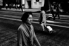 Walkers (Jiajun Yang) Tags: street people urban ginza blackwhite busy walkers monochrone