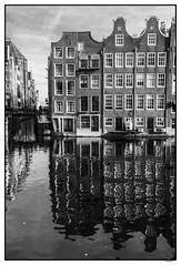 HOTI102014-725R-BYN_FLK (Valentin Andres) Tags: bw holland reflection building byn blancoynegro amsterdam blackwhite edificio thenetherlands reflejo holanda