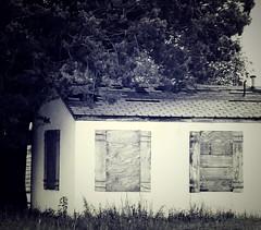 Crackhouse (geoffleppard1) Tags: nature landscape texas country fujifilm roadside westtexas xs1