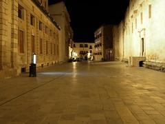Siracusa_227_1718 (Dubliner_900) Tags: nightshot olympus sicily sicilia siracusa ortigia notturno siracuse micro43 handshold mzuikodigital17mm118 omdem5markii
