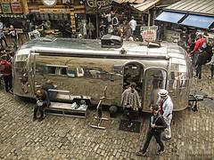 Camden Town (LUIS FELICIANO) Tags: exterior ciudad olympus mercado 1001nights barrio camdentown e5 airelibre carabana 1001nightsmagiccity lent1122mm
