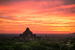 The sky is on fire ! (lucien_photography) Tags: pink sky clouds sunrise canon rouge temple cloudy dusk burma myanmar nuage nuages crépuscule bagan birmanie dhammayangyi markiii canon5dmarkiii 5dmarkiii