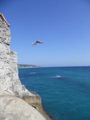 SALTOS_DESDE_EL_BUNKER (2) (DAGM4) Tags: espaa mar spain europa playa andalucia cadiz zaharadelosatunes trampolin