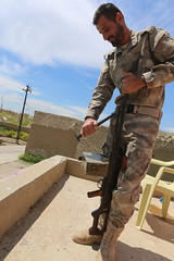 Alqosh Iraq 15.04.2015  IMG_8662 (Rossi Raslof) Tags: iraq religion christen r assyrian npu ninive beten glaube ebene kämpfen christentum christans aramäisch assyrisch alqosh 15042015