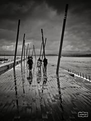 Paseo tras las lluvia/ Walk after the rain (Jose Antonio. 62) Tags: blackandwhite bw españa blancoynegro beautiful clouds photography spain nubes santander cantabria