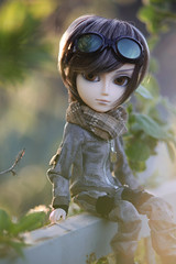 TAEYANG - Wayne ( ) Tags: china california birthday christmas city blue light boy sunset people bw baby chicago canada berlin guy bird church beauty grass leaves car birds bike backlight cat canon solar photo big focus doll soft shine with bokeh head unique wayne makeup f wig softfocus 28  mm 135 spectacles ef hotspot policeman         a taeyang  of