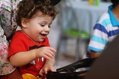 (albertojnior) Tags: baby toy brinquedo amor carinho lindo beb sorriso criana jogo me jogos loiro