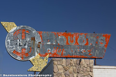 Silver Dollar Liquor, Boron California (Barstow Steve) Tags: california trip flower museum air boron