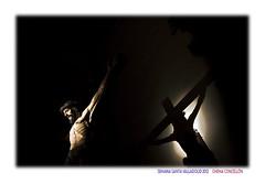 Asombrado me hallo (Chema Concellon) Tags: shadow espaa easter spain europa europe arte interior iglesia sombra valladolid escultura cruz paso cristo turismo cultura templo fotgrafo jess semanasanta 2012 claroscuro tradicin castilla preparativos fotografa talla crucifijo escultor jesucristo procesin hollyweek castillaylen costumbre religin pasin devocin cofrada imgen imaginera crucificado crucifixin chemaconcelln maderapolicromada imaginero penitencial pasoprocesional sagradapasindecristo sbadodepasin valladolidcofrade sanquirceysantajulita prolegmenos ejerciciopblicodelascincollagas