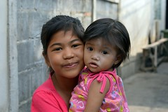 pretty young ladies (the foreign photographer - ) Tags: ladies two portraits thailand nikon pretty bangkok young khlong bangkhen thanon d3200