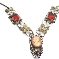 (bluebowvintage) Tags: cute beautiful necklace retro antiques etsy photooftheday followme vintageshop vintagefinds vintagejewelry antiquejewelry vintagejewellery vintagelove etsyshop vintagenecklace etsylove etsyseller etsyvintage etsyjewelry etsyuk vintagelife vintagestuff vintagelover etsyfinds vintageforsale bluebowvintage