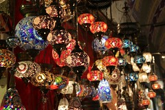 Colorful Lamps (Johannes R.) Tags: old light color colour lamp canon turkey stand colorful dof market traditional illumination istanbul illuminated depthoffield marketplace lamps colourful stm bazaar 1855 efs bazar turkish 70d
