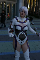 IMGP4878 (Photography by J Krolak) Tags: costume cosplay ivy masquerade ax2006 animeexpo2006 ax06 ivyvalentine