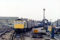 """33052 """"Ashford"""" (Sparegang) Tags: 33052 class33 brcwtype3 crompton brblue gillingham britishrail southernregion"""