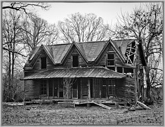 IMG_2204 (Chuck Bishop Photography) Tags: blackandwhite house rot abandoned farmhouse rural decay oldhouse homestead greencreek