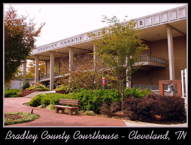 For Sale: TN Courthouse Postcard Collection: Bradley