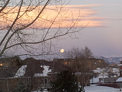 March 6, 2015 - The moon sets as the sunrise illumiates the sky. (David Canfield)