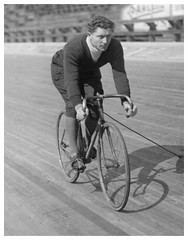 Gugliolmo Bossi, Italy, 1927. (Paris-Roubaix) Tags: white black vintage cycling italian track photographs rider bossi gugliolmo