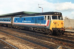 "50032 ""Courageous"" (Sparegang) Tags: 50032 class50 nse networksoutheast britishrail westernregion 1989 oxford englishelectrictype4"