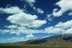 Clouds and mountains (Ming_Young) Tags: travel cloud mountain snow tourism canon cloudy tibet grassland  tibetanplateau  24105mm  eos600d