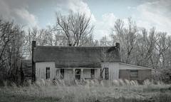 Marshall House (Bob G. Bell) Tags: sky clouds kentucky ky oldhouse abandonedhouse fujifilm x30 benton iola marshallcounty bobbell