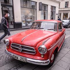 Suddenly (Mattias Lindgren) Tags: old lund car square sweden 2016 p16 24mmf28d nikond600