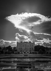 Giardino del castello alla Zisa (Piero Tranchida) Tags: palermo castello zisa