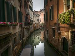 Canales de Venecia ... (Vctor.M.Chacn) Tags: venice venecia venezia fz1000 dmcfz1000 victormchacn
