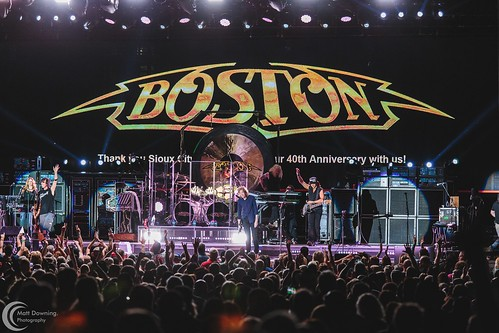 Boston - June 4, 2016 - Hard Rock Hotel & Casino Sioux City