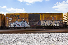 (o texano) Tags: bench graffiti texas houston trains roda freights benching eksrt