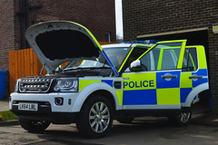 LK64LRL (Cobalt271) Tags: traffic 4x4 4 police rover northumbria land discovery gs sdv6 lk64lrl