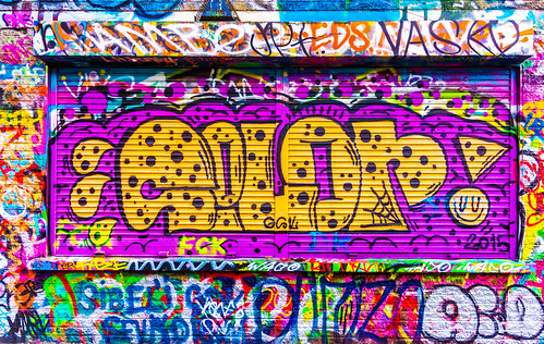 STREET ART IN DUBLIN [WINDMILL LANE]-103577