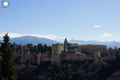 Desde el mirador de San Nicols (ortadilla) Tags: monument monumento nevada sierra alhambra granada sierranevada palacio palaciodecarlosv carlosv miradordesannicols