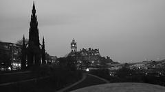 Edinburgh, dusk (byronv2) Tags: bridge blackandwhite bw building history monochrome architecture night hotel evening scotland blackwhite edinburgh cityscape nacht dusk princesstreetgardens princesstreet mound newtown balmoralhotel nuit scottmonument northbridge edimbourg