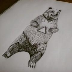 tatuajes gay oso bailarín