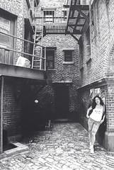 Back Alley (pinhead1769) Tags: newyork blancoynegro set blackwhite orlando backalley florida universalstudios callejn bwdreams